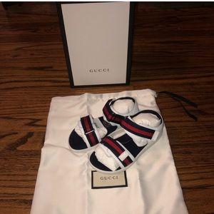 NWT Gucci Gaufrette Leather Logo Sandals Kids